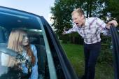 Man yelling at female driver — Photo