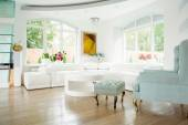 View of elegant interior inside expensive house — Stock Photo