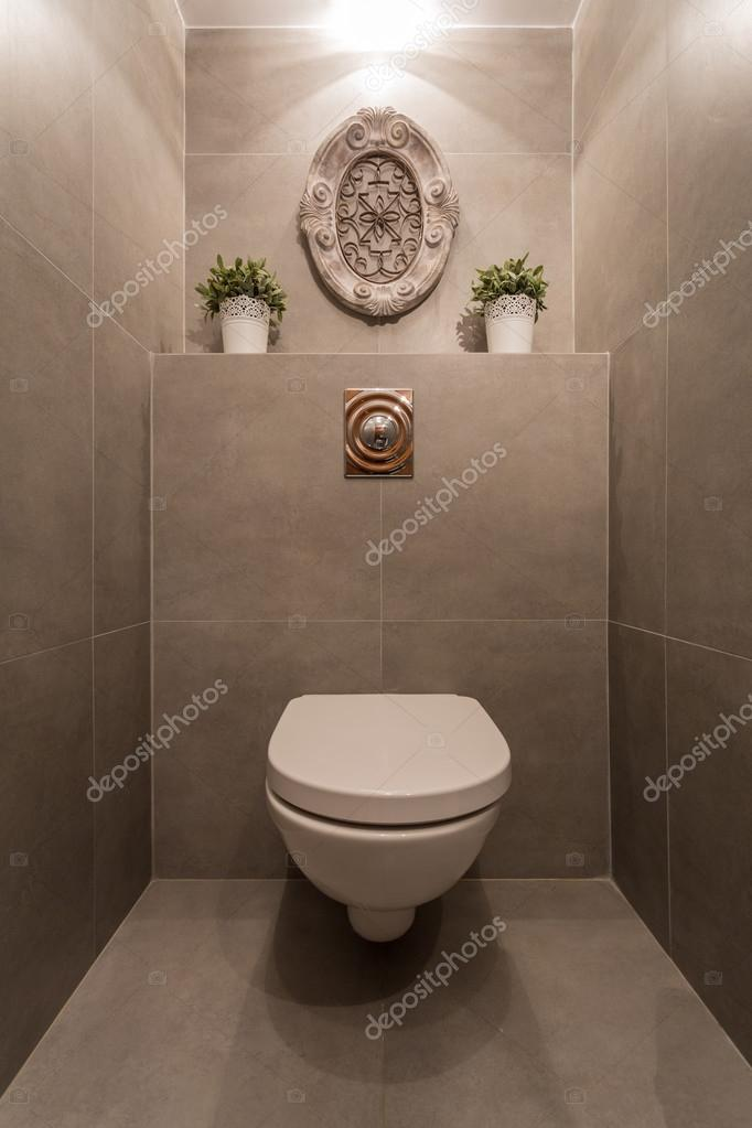 Moderne toilet stockfoto 69684923 for Decoratie wc