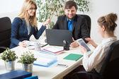 Team-Arbeit im Büro — Stockfoto