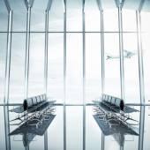 Interno aeroporto vuoto — Foto Stock