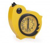 Close up view of a yellow chicken clock — Stock Photo