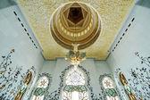 Interieur van Sheikh Zayed moskee in Abu Dhabi — Stockfoto