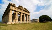 Temple of Neptune the famous Paestum archaeological  site . Ital — Stock Photo