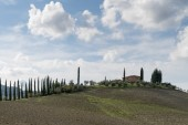Tuscany countryside landscape in Val D'Orcia, Italy — Stock Photo