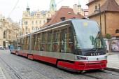 PRAGUE, CZECH REPUBLIC - NOVEMBER 03, 2014: Modern articulated c — Stock Photo
