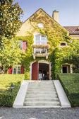 Romantic, small winery house in California — Stock Photo