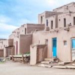 ������, ������: Taos Pueblo is example of a Pueblo Indians architecture