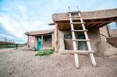 Taos Pueblo remarkable example of a traditional type of archit — Stock Photo