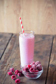 Cocktail of frozen raspberries with yogurt — Foto de Stock