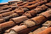 イタリアの古い瓦屋根 — ストック写真