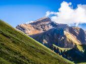 Swiss krásy, louky pod jungfrau — Stock fotografie