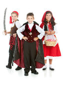 Halloween: Group of Trick or Treaters — Stock Photo