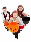 Halloween: Children Trick or Treating — Stock Photo