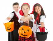 Halloween: Costumed Kids Ready for Treats — Stock Photo