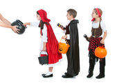 Halloween: Kids Waiting for Halloween Candy — Stock Photo