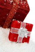 Christmas: Gift Boxes Sitting In Snow — Foto Stock