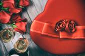 Valentine: Overhead View Of Gifts Of Roses, Candy And Champagne — ストック写真