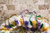 Mardi Gras: Overhead View Of King Cake With Copyspace — Stock fotografie