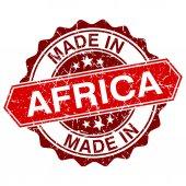 Réalisés en Afrique, cachet rouge isolé sur fond blanc — Vecteur