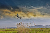 Aircraft in landing — Stock Photo