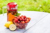 Domácí jahodová limonáda — Stock fotografie