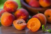 Nectarinas maduras frescas — Foto de Stock
