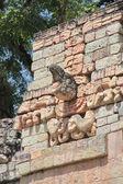 Copan, Honduras: iconic macaw-shaped stone marker in the ball ga — Stok fotoğraf
