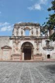 "Antigua, Guatemala: Church of Society of Jesus (""Iglesia de la C — Stock Photo"