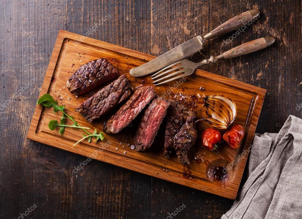 Grilovany hovezi steak - Stock Fotografie lisovskaya #60031357