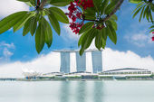 Marina Bay Sands Resort Hotel in Singapore — Stock Photo