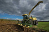 Corn harvester — Stock Photo