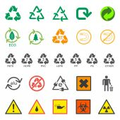 Various recycle and hazardous sign set — Vector de stock