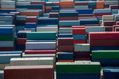Shanghai Yangshan Deepwater economic FTA container terminal stacking containers — 图库照片