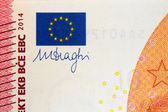 Signature de Mario draghi dix euro 2014 — Photo