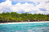 Tropical perfect island Puntod in Philippines — Stock Photo
