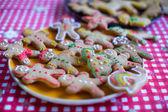 Préparer des biscuits de pain d'épice de Noël pour Noël — Photo