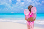 Cute little girl have fun on beach summer vacation — Stock Photo