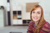 Optimistic Office Woman Looking at the Camera — Stockfoto
