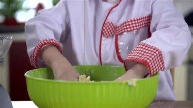 Boy of mixing ingredients — Stock Video