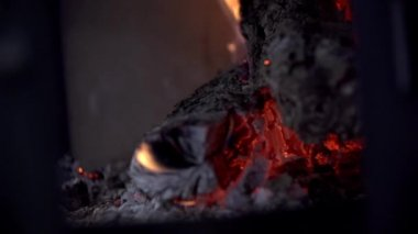 Charcoal Burning in Fireplace — Stock Video