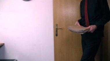 Man Throwing Notes — Stock Video
