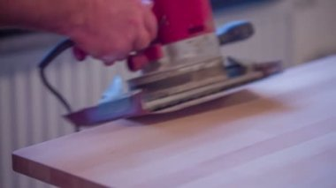 Professional grinding wooden table — Stock Video