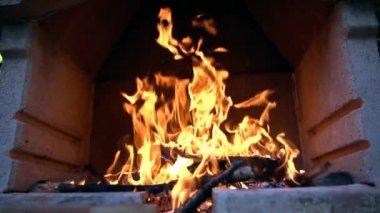 Barbecue Fire Burninig — Stock Video