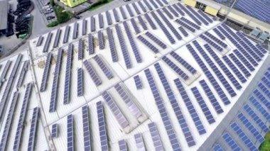 Solar panels on building — Stockvideo