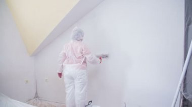Woman Painting new room — Stock Video