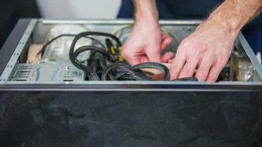 Man Removing ventilator — Stock Video