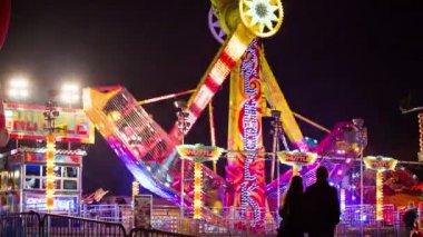 Amusement park ride — Stock Video