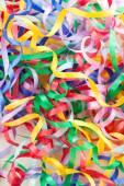 Fitas coloridas decorativas presente como plano de fundo — Fotografia Stock