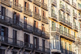 Common old grungy facade found in barcelona — Stock Photo